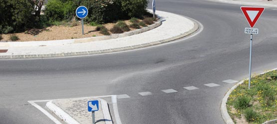 Intersection et priorité